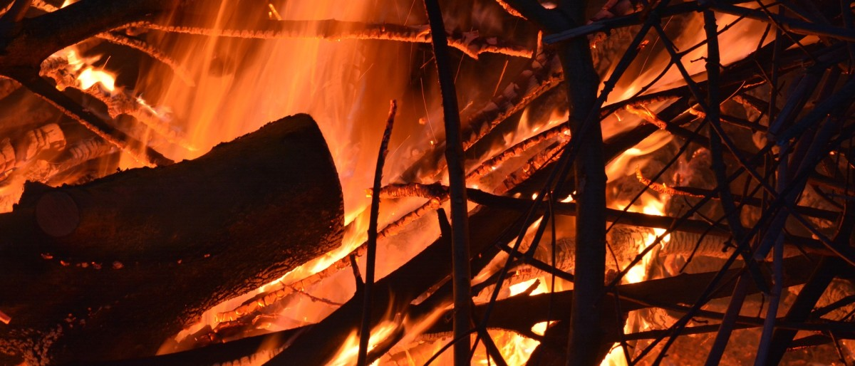 Permalink auf:Osterfeuer